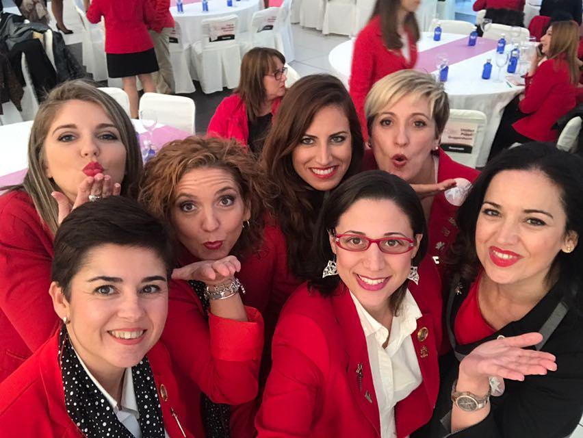 Aprendiendo de las top Empresarias Nacionales!!    bellezaatumanerahellip