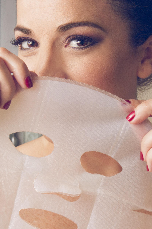 Reafirma tu piel con la ¡Nueva! mascarilla de biocelulosa.